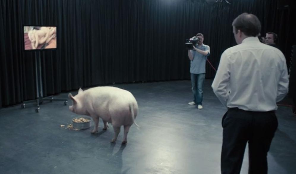 Rory Kinnear in Season 1 Episode 1 Black Mirror.